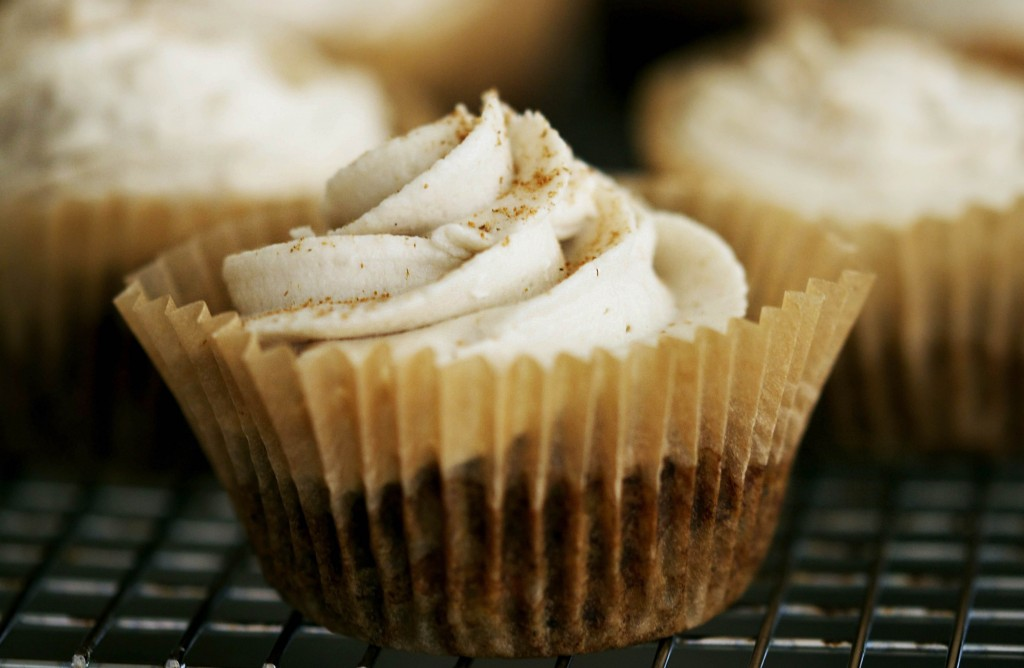 Hummingbird Cupcakes with The Ultimate Cashew Buttercream